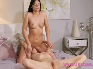 Lesbea Leanne Lace and Elina De Lion romantic 69 and facesitting orgasms