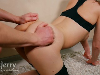 Fucking with a fit girl and cum on ass – Amateur couple HitJerry