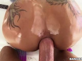 Bella Bellz – POV Anal Sex