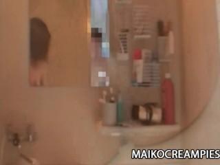 Miki Ohnuma – Skinny JAV Mature Wrinkled Pussy Creampied