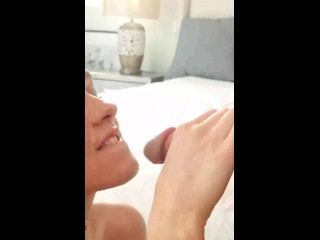 Beautiful Teen Facial – She Keeps sucking