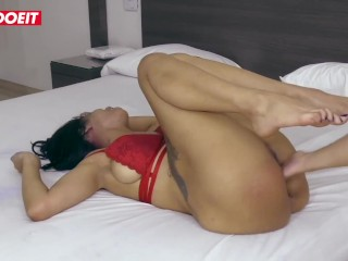 LETSDOEIT – Sexy Latina Road Vendor Cheers Up Client With Squirting Pussy