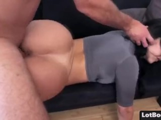 Fat ass brunette latina Valerie Kay gets fucked
