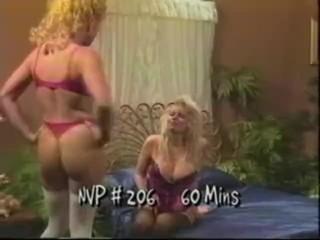 Hot Lesbian Sexfight 019
