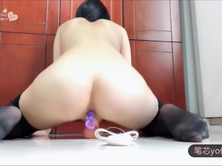 Massive Tits Chinese Cam Girl Hot Dildo Ride