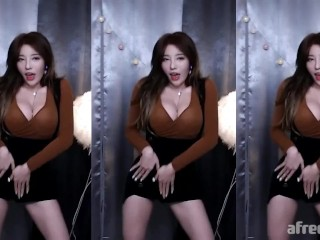 Korean bj dance 지삐 jeehyeoun