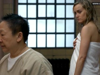 Taylor Schilling, Laura Prepon – Lesbian Sex Scenes Orange Is the new black