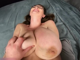 Girl with Huge Boobs gives titjob and get's fucked