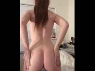 Young girl strip and show her pussy and her ass
