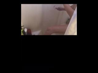 Periscope girl films her friend in the shower