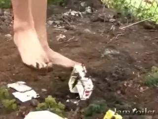 Giantess Attacks Village
