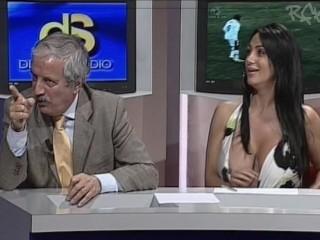Marika Fruscio huge boobs [OOPS] (original audio) + slowmo