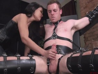 JI Slave Jerked in Bondage