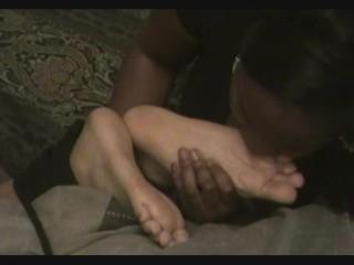 Redbone tickling