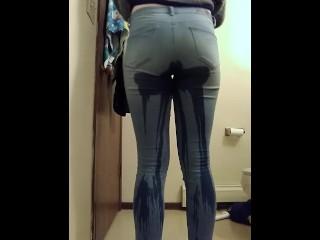Young Pidge Teen Peeing