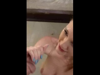 Beautiful Teen Blowjob – She Keeps Sucking 2