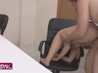 [OURSHDTV][中文字幕]Cute shaved pussy office girl Tsuna Kimura creampied uncensored