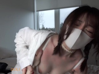 Sweet Chinese Escort 1 Fuck her when she was playing Nintendo switch